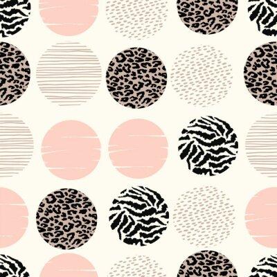 Fototapeta Abstraktní geometrický bezešvý vzorek se zvířetem a kruhy.
