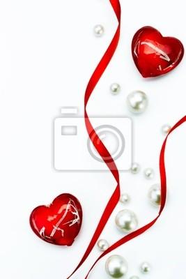 Art design Valentine Day blahopřání s červenou stuhou a lásky