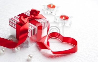 Art Valentine den Dárková krabička s červeným srdcem