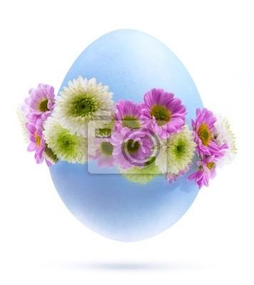 Art Velikonoční vajíčko zdobené květinami izolovaných na bílém pozadí