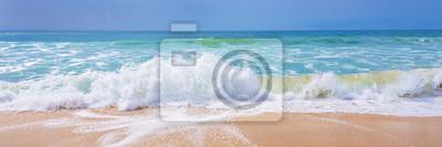 Fototapeta Atlantický oceán, čelní pohled na vlny na pláži