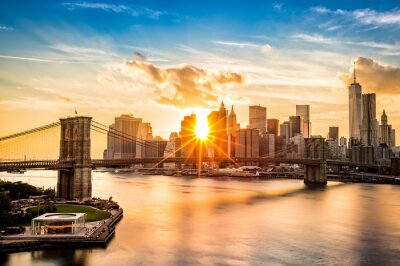 Fototapeta Brooklynský most a panorama při západu slunce Lower Manhattan
