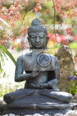 Buddha Socha Im Garten Fototapeta Fototapety Rucni Vozik