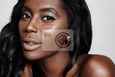 obrázky nahé černé ženy
