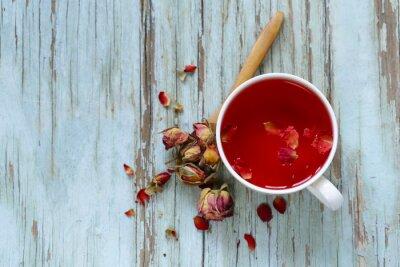 Fototapeta červený květ čaj, z okvětní lístky růží