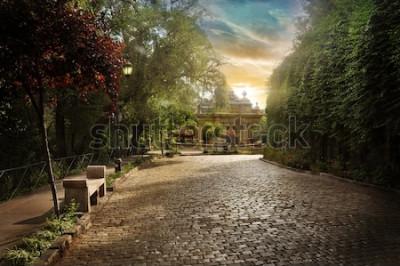 Fototapeta Chilská rovnoběžná silnice. Dlážděná ulice v parku v centru města Santiago.