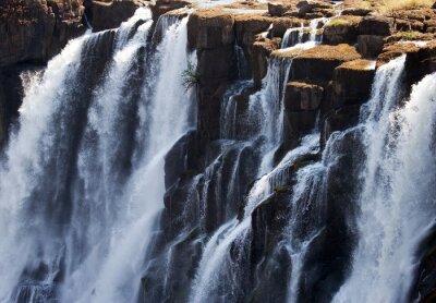 Fototapeta Detail padající vody Victoria Falls. Close-up. Mosi-oa-Tunya Národní park. a světového dědictví UNESCO. Zambiya. Zimbabwe. Vynikající ukázkou.