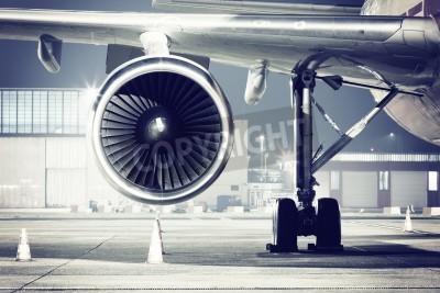 Fototapeta detail turbínový letoun
