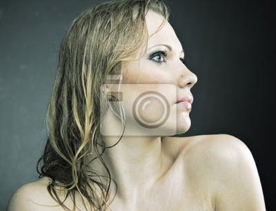 obrázky docela nahých dívek