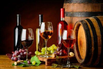 Fototapeta druhy vína v lahví a sklenic