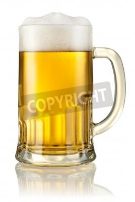 Fototapeta Džbánek s pivem izolovaných na bílém s ořezové cesty