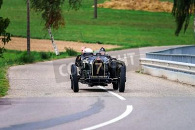 Fototapeta Editorial 12. září roku 2015: Francie: XXXIIeme Festival Enthousiastes Bugatti v Molsheim. Vintage auto.