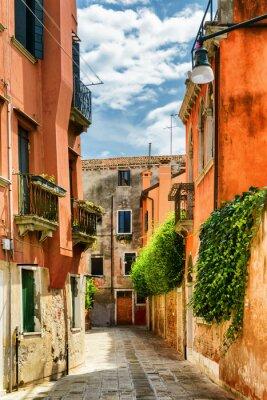 Fototapeta Fasády starých domů na Calle Gradisca Cannaregio, Benátky