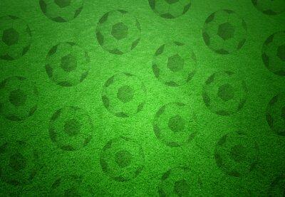 Fototapeta Fotbalové míče vzor na zelené trávě pozadí. Koncepční fotbal copy space pozadí.