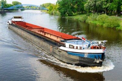 Fototapeta Frachtschiff auf der Weser bei Nienburg