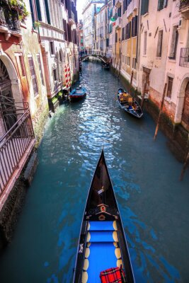 Fototapeta Gondola na kanálu v Benátkách, Itálie