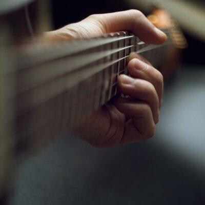 Fototapeta hraje na elektrickou kytaru