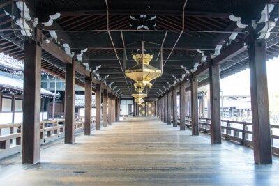 Fototapeta Interiér dřevěného šintoismus Nishi Hongandži chrámu v Kjótu - Honšú - Japonsko - Asie