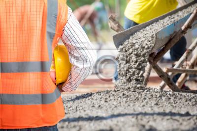 Fototapeta Inženýrské sítě zkontrolovat betonáže při obchodních betonáži patrech budovy