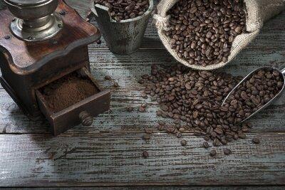 Fototapeta Kávová zrna a bruska z výšky