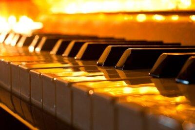 Fototapeta Klávesnice klavíru ve zlatém světle