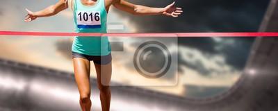 Fototapeta Kompozitní obraz sportovkyně ukončení její běh