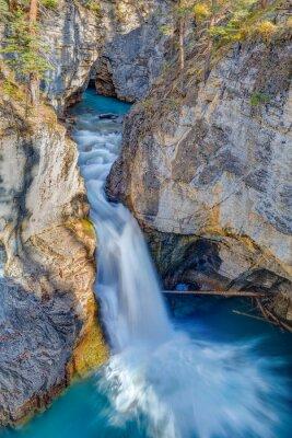 Fototapeta Kosmetické Creek Falls