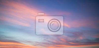 Fototapeta Krásný pastelový zakalený západ slunce