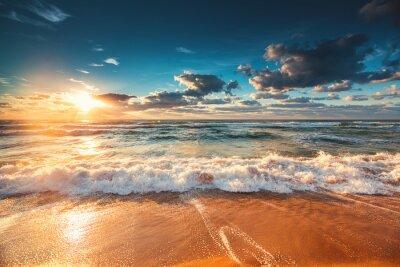 Fototapeta Krásný východ slunce nad mořem