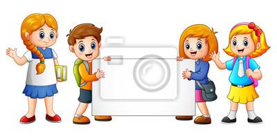 Kreslene Skolni Deti S Prazdnym Znamenkem Fototapeta Fototapety
