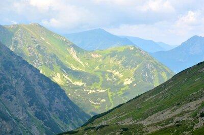 Fototapeta Letní horské krajiny. Zelené vrcholy v polských Tatrách.