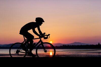 Fototapeta Lidé cyklistické na pláži
