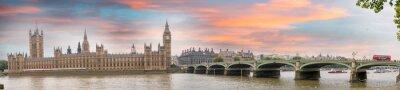 Fototapeta Londýn za soumraku. Podzimní západ slunce nad Westminster Bridge