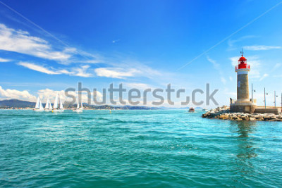 Fototapeta Maják St. Tropez. krásné středomořské krajiny. francouzská riviéra, Azurové pobřeží, Francie