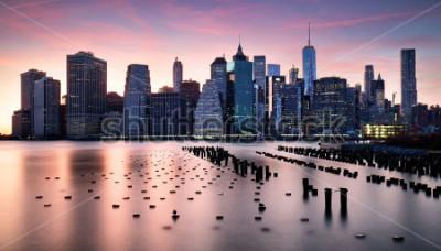 Fototapeta Manhattan skyilne, New York City at sunset.