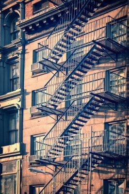 Fototapeta Mimo kov požární únikové schodiště, New York City, vinobraní proces