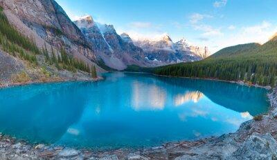 Fototapeta Moréna jezero panorama