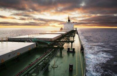 Fototapeta Nákladní loď v plném proudu
