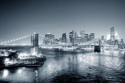 Fototapeta New York City Manhattan v centru černé a bílé