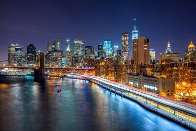 Fototapeta New York City noční scéna s Manhattan panorama a Brooklin B