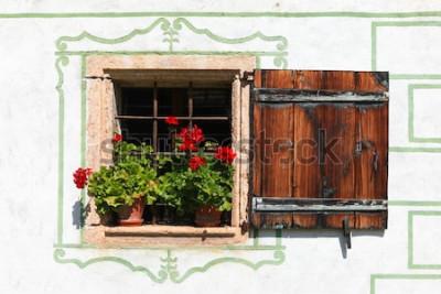 Fototapeta Okno krásné venkovský dům s květinami