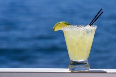 Fototapeta osvěžující margarita na vodě