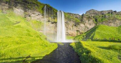 Fototapeta panorama s řekou a vodopádem na Islandu