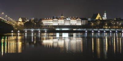 Fototapeta Panoramatický výhled na varšavské nábřeží v noci.
