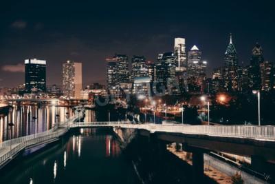 Fototapeta Philadelphia panorama v noci s městskou architekturou.