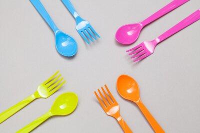Fototapeta plastové lžíce a vidlička, sdílení