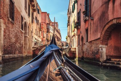 Fototapeta Pohled z lanovky při jízdě přes benátských kanálech i