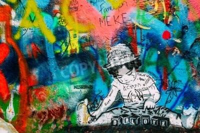 Fototapeta Praha, Česká republika - 10. října 2014: Slavné místo v Praze - stěna Johna Lennona. Stěna je plná Johna Lennona inspirovaného graffiti a texty z Beatlesových písní