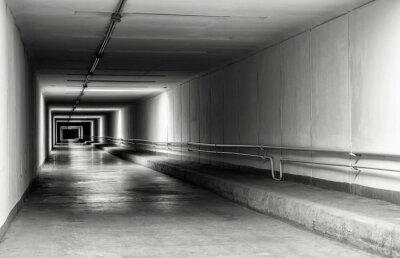 Fototapeta Prázdný tunel v noci