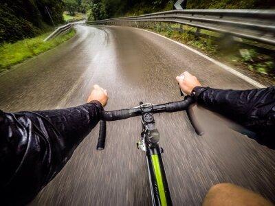 Fototapeta ragazzo v bicicletta con la Pioggia. Pov původní názor